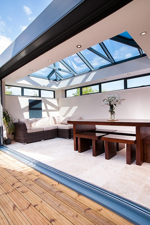 Black Skyroom with bi-folding doors